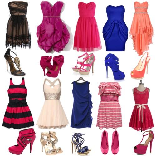 Des assortiments entre la robe de cocktail et les chaussures