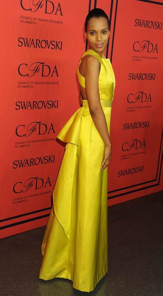 Kerry Washington et sa robe de soirée jaune aux CFDA Awards