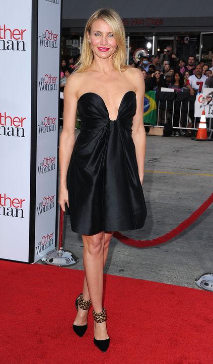 Cameron Diaz optait pour une petite robe noire à la première du film The Other Woman