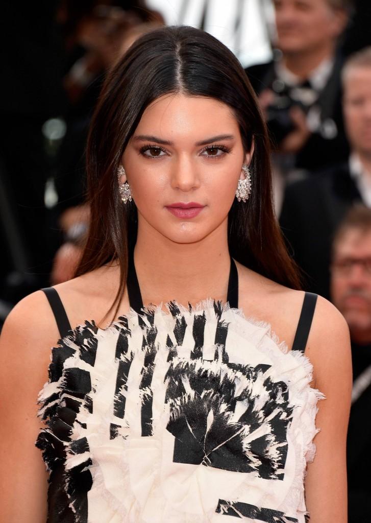 Kendall Jenner avec son lissage baguette