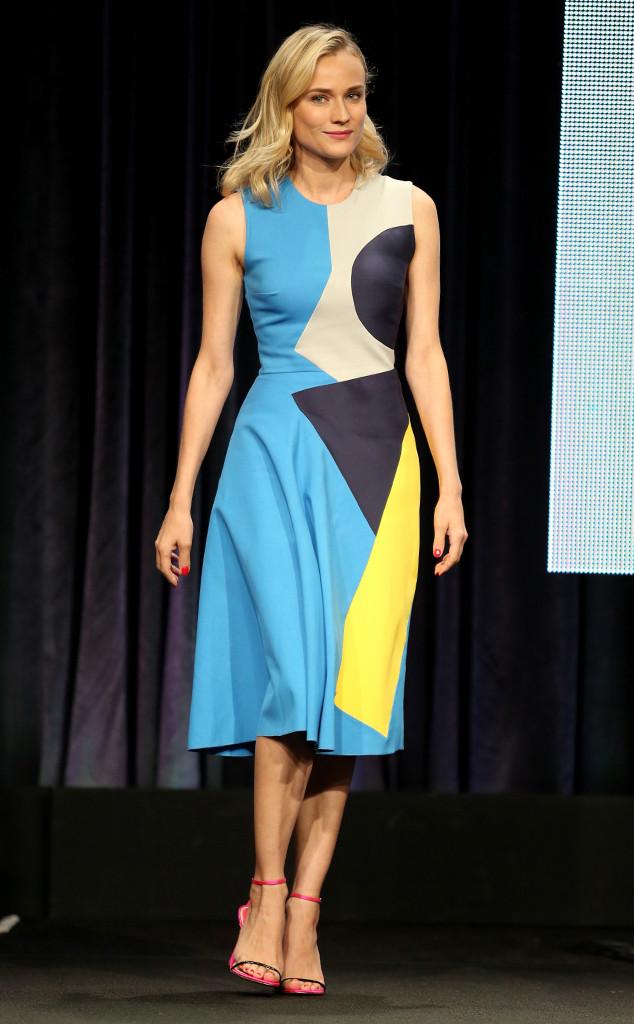 Diane Kruger portait une robe à imprimé géométriques signée Roksanda Resort