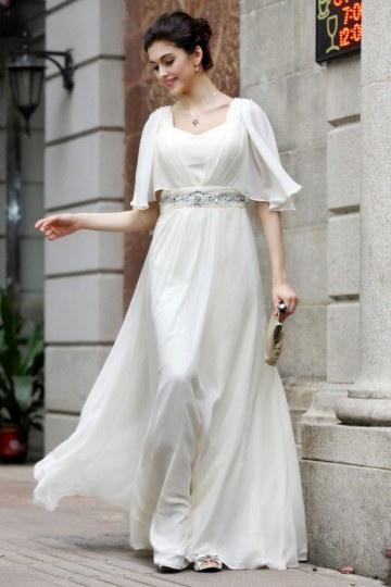Robe blanche longue décolleté carré à manche