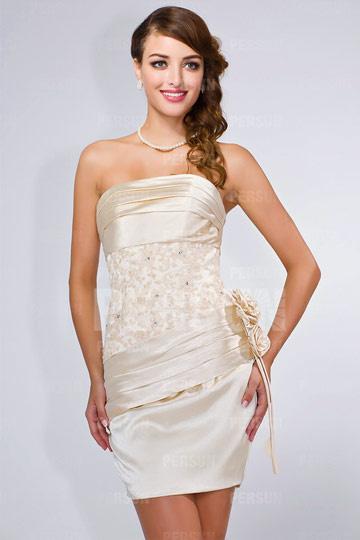 Mini robe cocktail moulante pour soirée et mariage