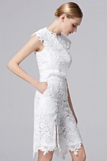 robe-pantalon-courte-en-dentelle-pour-soiree-blanche