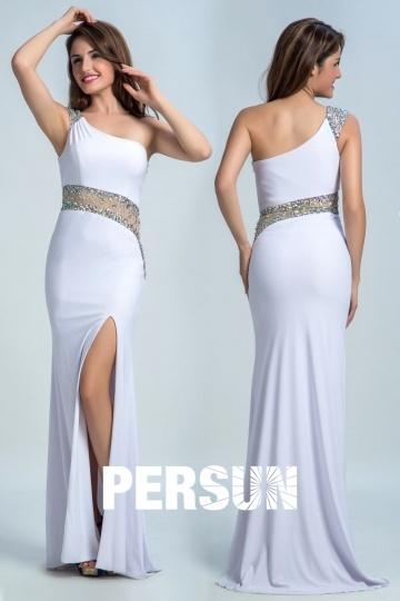 Robe blanche soirée sirène fendue & asymétrique avec strass