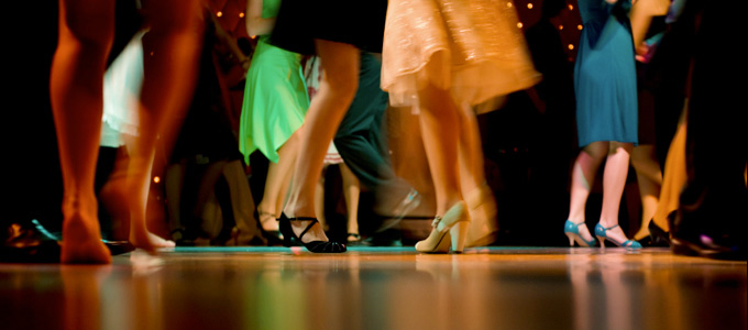 Chaussures des filles au bal