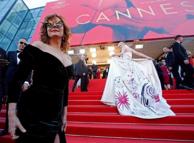 Susan Sarandon et Elle Fanning au tapis rouge de Cannes