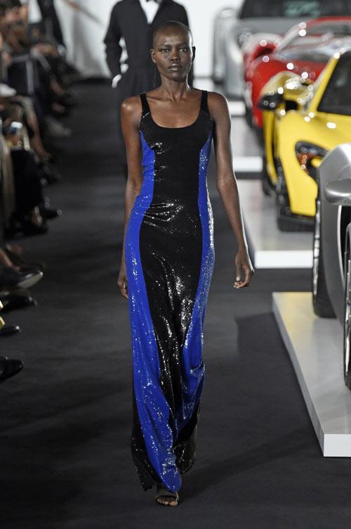 robe bicolore en sequin la collection fall 2017 de Ralph Lauren