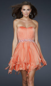Mini robe de cocktail orange plissé