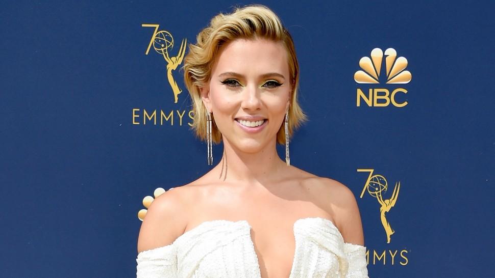 Scarlett Johansson au tapis rouge de Emmys 2018