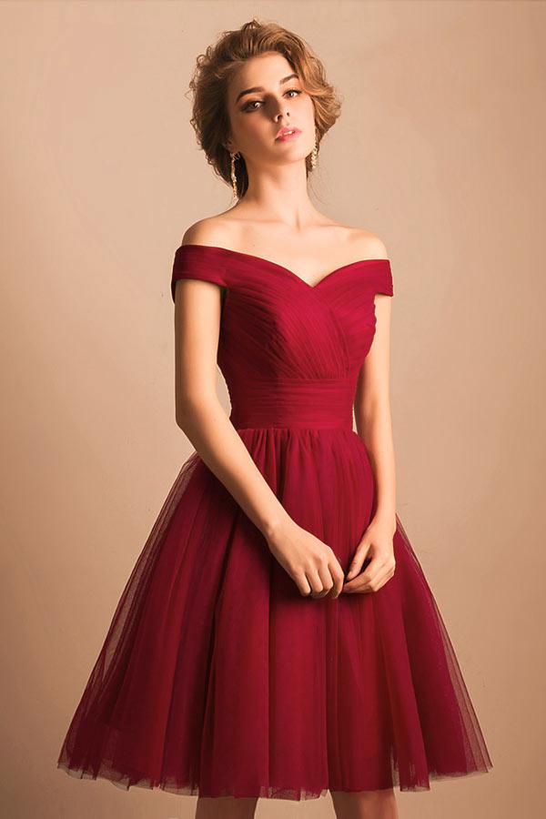 robe de cocktail rouge chic épaule dénudé courte en tulle