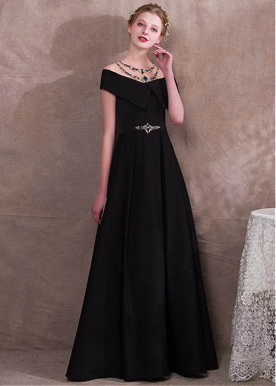 robe de soirée noire longue épaule dénudé embelli de strass
