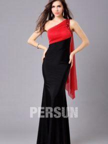 robe de soirée rouge et noire asymétrique fourreau