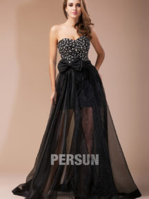 robe de soirée noire bustier coeur orné de strass avec noeud
