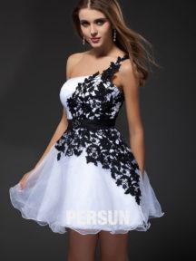 robe de cocktai l noire et blanche asymétrique