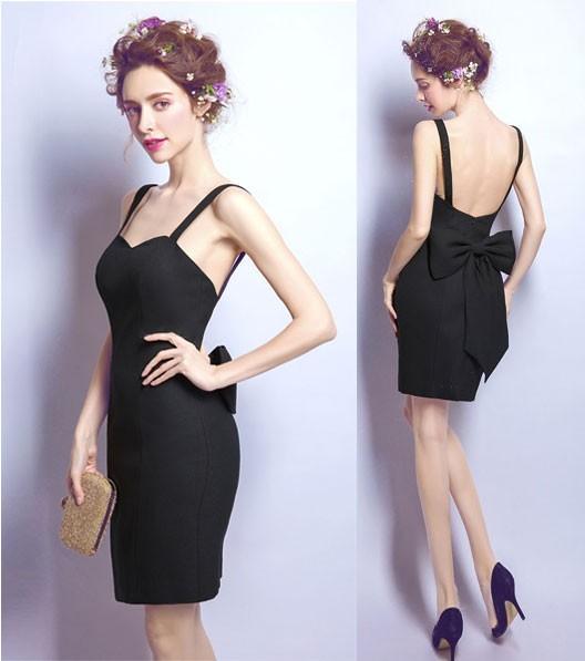 robe de cocktail noire fourreau courte dos nu avec noeud