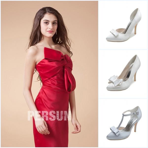 robe de soirée rouge fourreau avec noeud papillon et escarpins blanches avec noeud