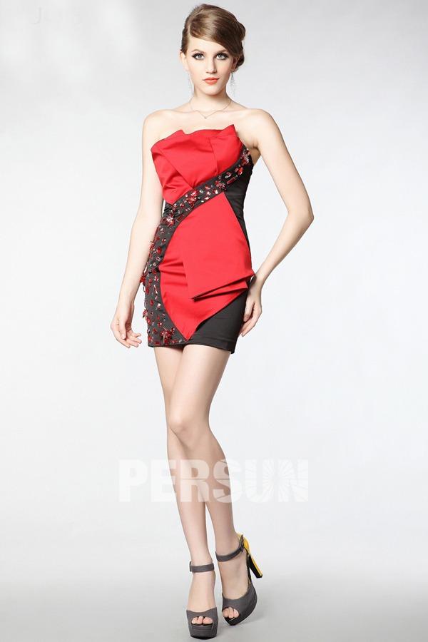 petite robe rouge et noire moulante sexy orné de strass