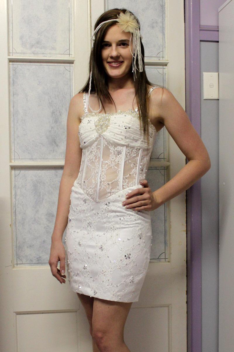 sexy robe de cocktai blanche jeu de transparence