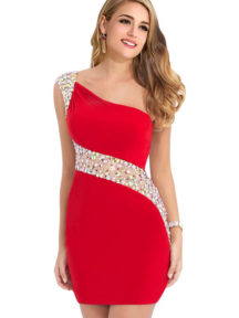 robe de cocktail rouge asymétrique fourreau orné de strass