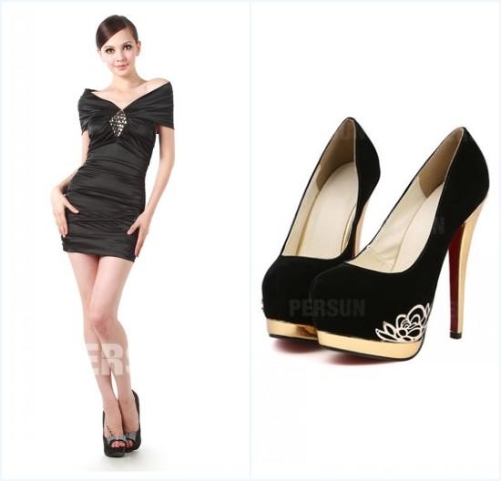 robe de cocktail noire courte et escarpins noires à talon haut
