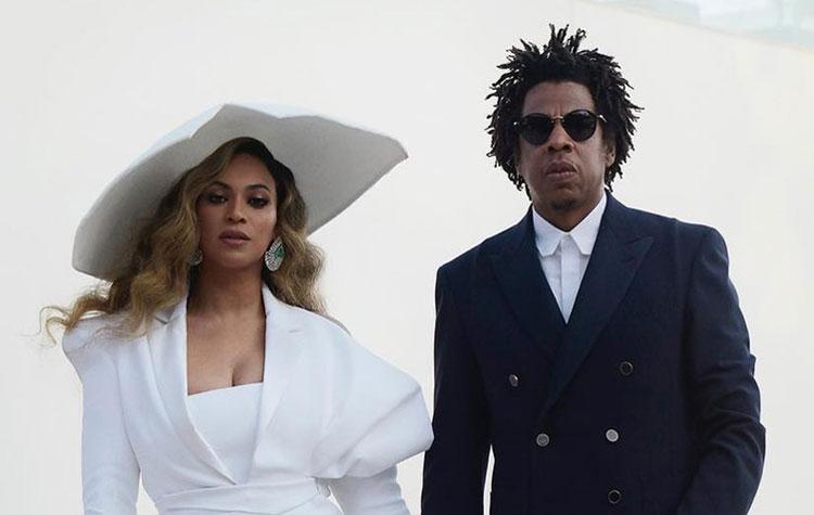 Beyoncé et Jay Z ultra glamour pour recevoir leurs prix aux NAACP Image Awards