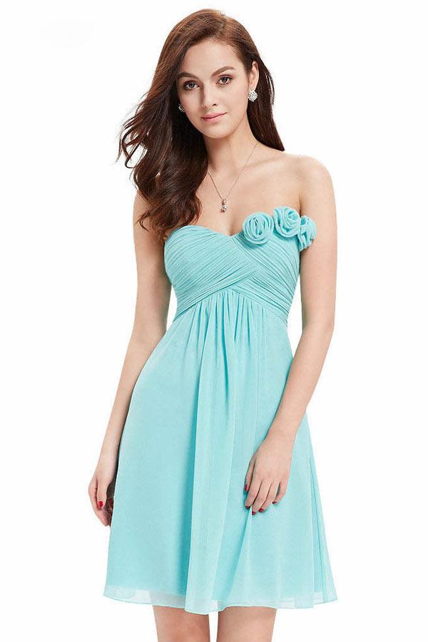 robe de cocktail courte turquoise bustier coeur drapé embelli de fleurs fait-main