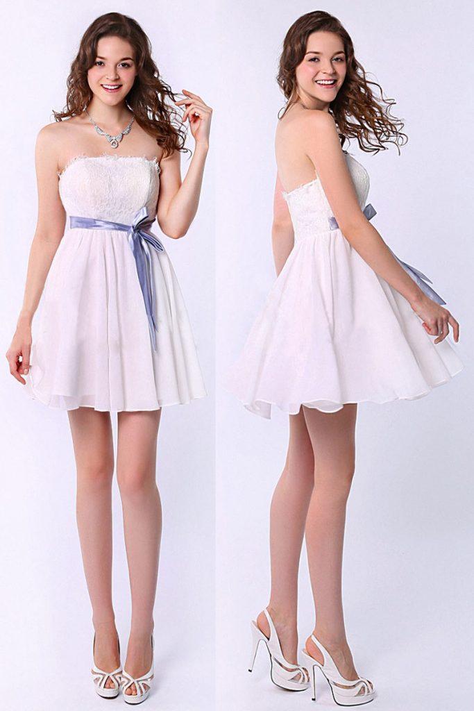 robe de cocktail courte blanche bustier en dentelle avec ceinture bleu