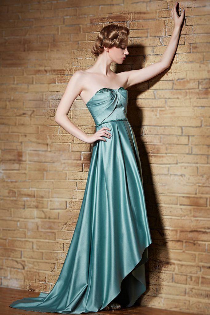 robe de cocktail vert menthe courte devant longue derrière bustier coeur drapé