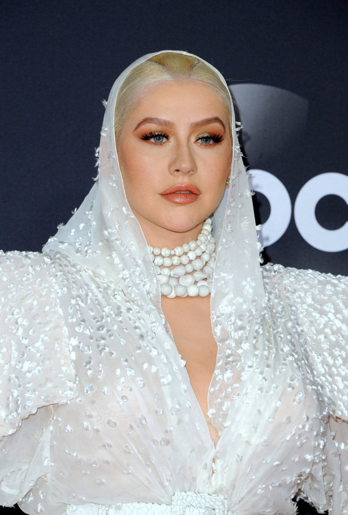 Christina-Aguilera-American-Music-Awards-2019