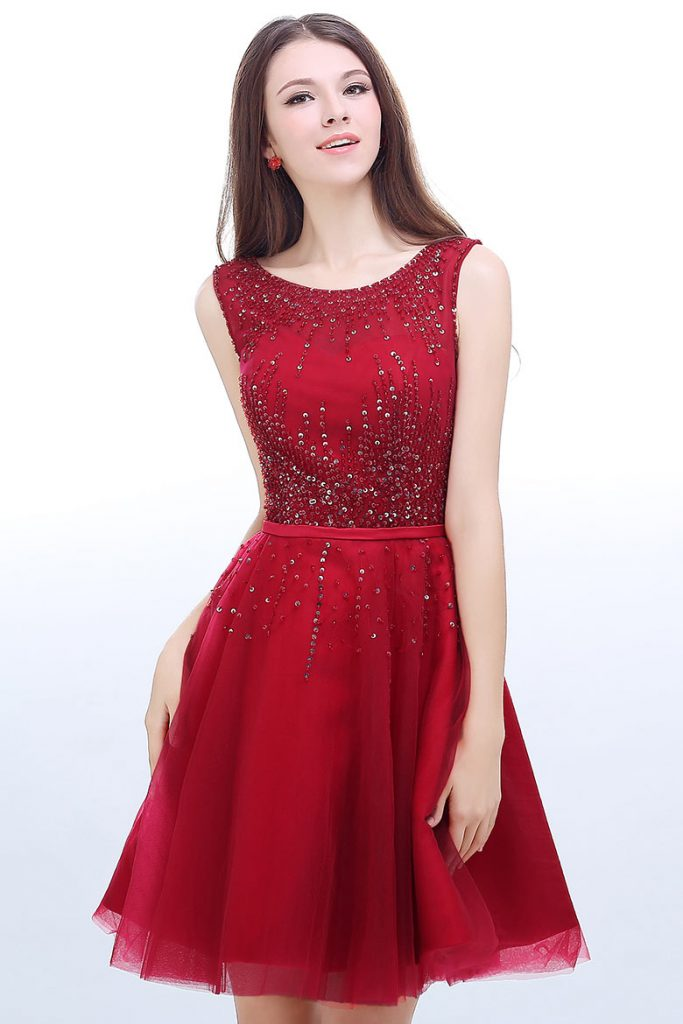 robe de cocktail rouge courte embelli de sequins