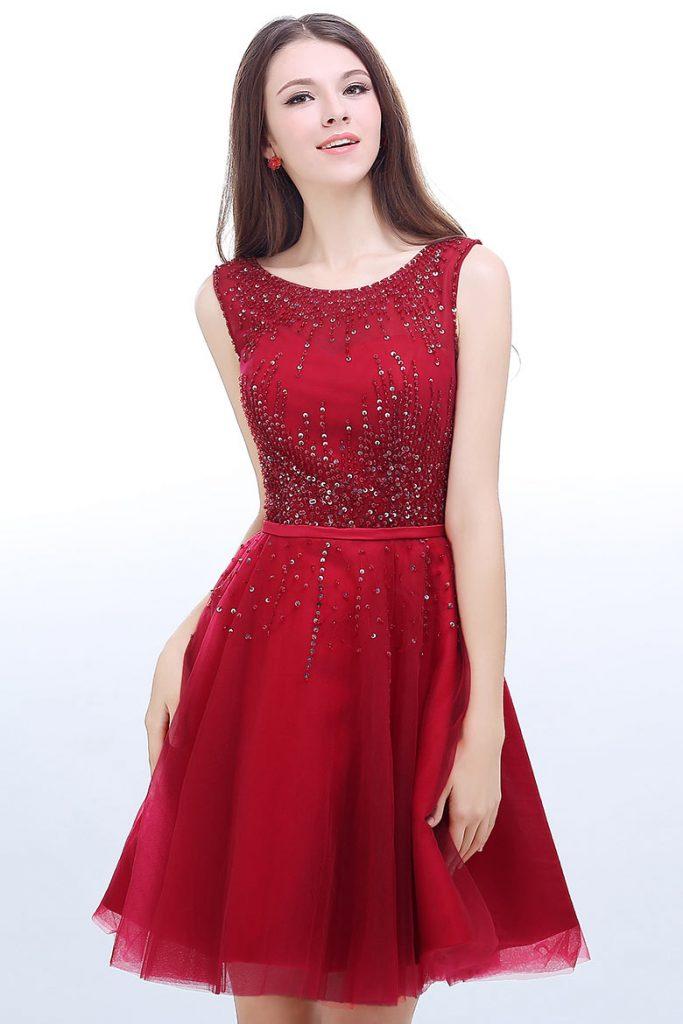robe de cocktail rouge courte embelli de sequins