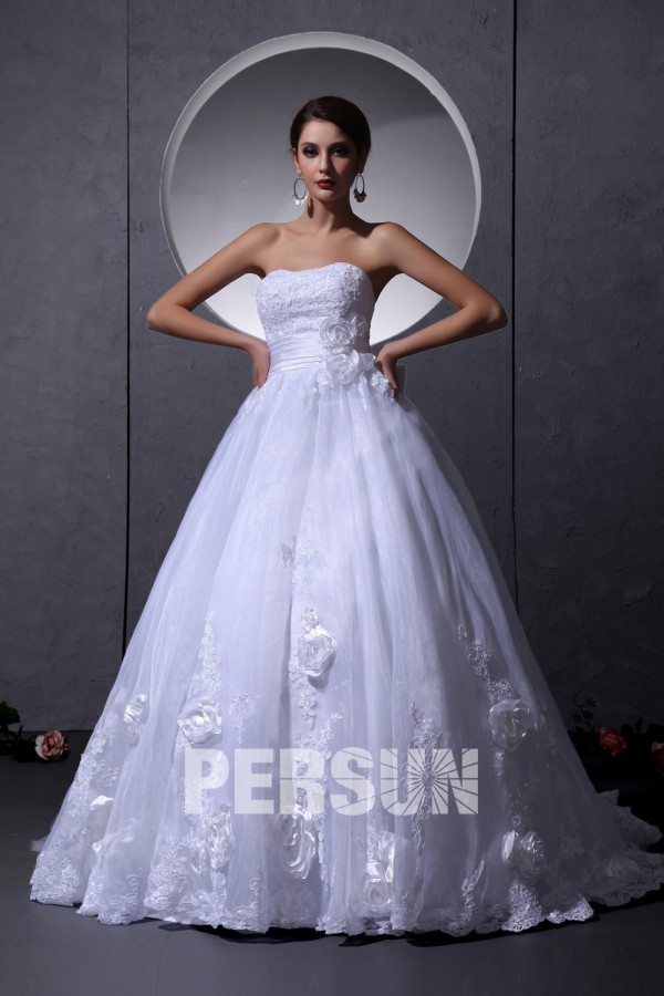 Robe de mariée princesse bustier empire dentelle